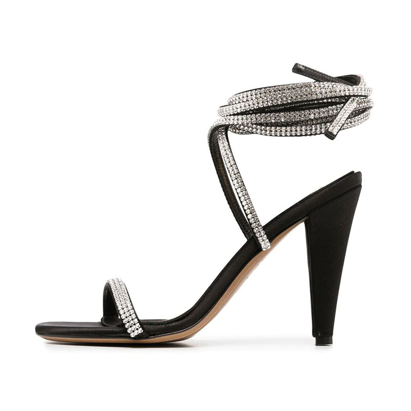 New black shiny strappy heels for ladies Fashion sexy sandals factory custom